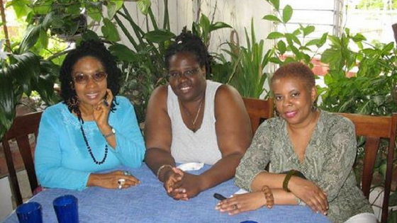 Valerie (left), Judith (right) and I after a best curry lunch made by Val. That woman cook a wicked curry like a serious country Dulahin. Rest in peace Valerie Belgrave