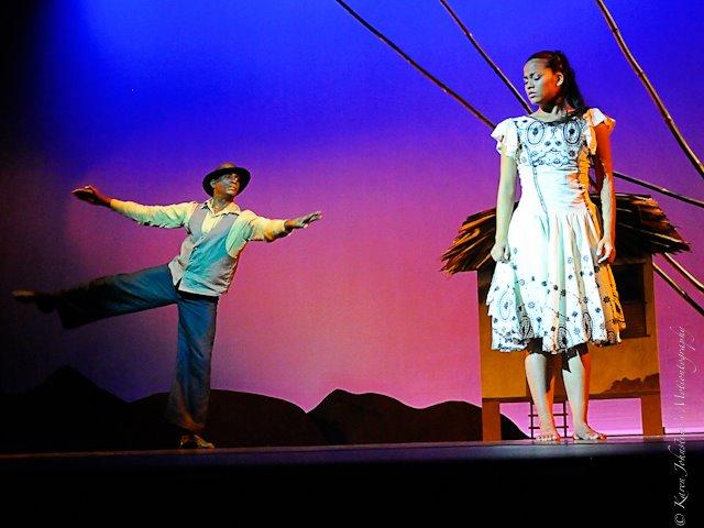 Gregor Breedy performis in Metamorphosis' Giselle (2012) | Photo Credit: Karen Johnstone Motionography